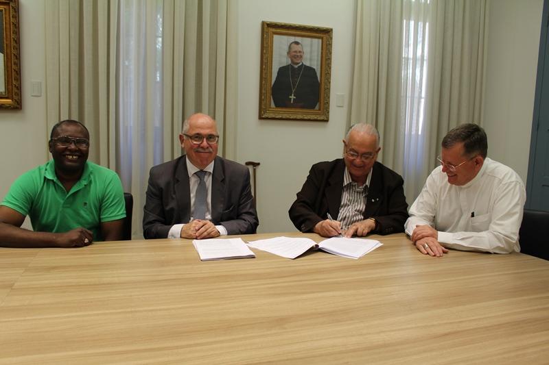 Assinatura do contrato