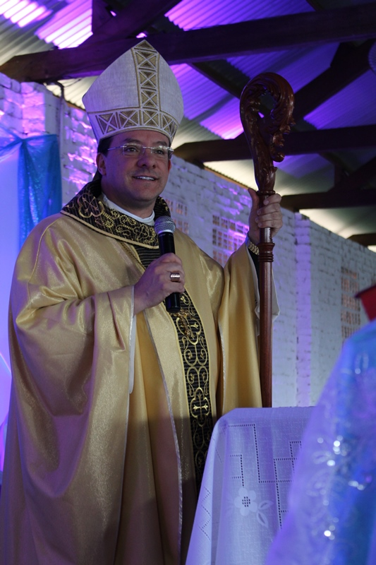 Dom Leomar Brustolin presidiu missa