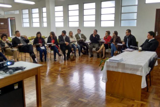 Dom Jaime Spengler e Dom Leomar Brustolin participaram do encontro nesta sexta-feira. Foto: Fabiano Schwanck Colares