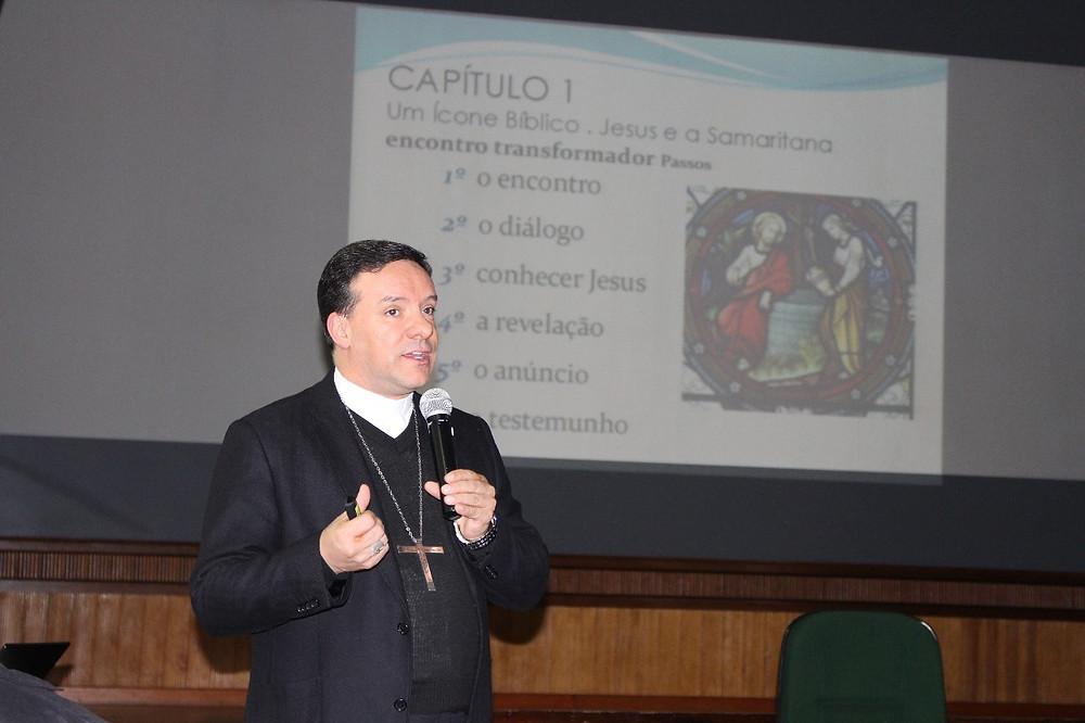 Dom Leomar Brustolin falou sobre a Iniciação à Vida Cristã. Foto: Judinei Vanzeto