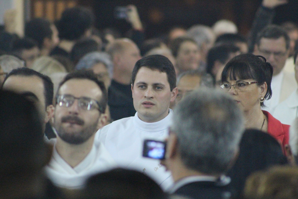 "Padre Fabiano: ""Nunca me arrependi de confiar em Jesus"". Foto: Amanda Fetzner Efrom"