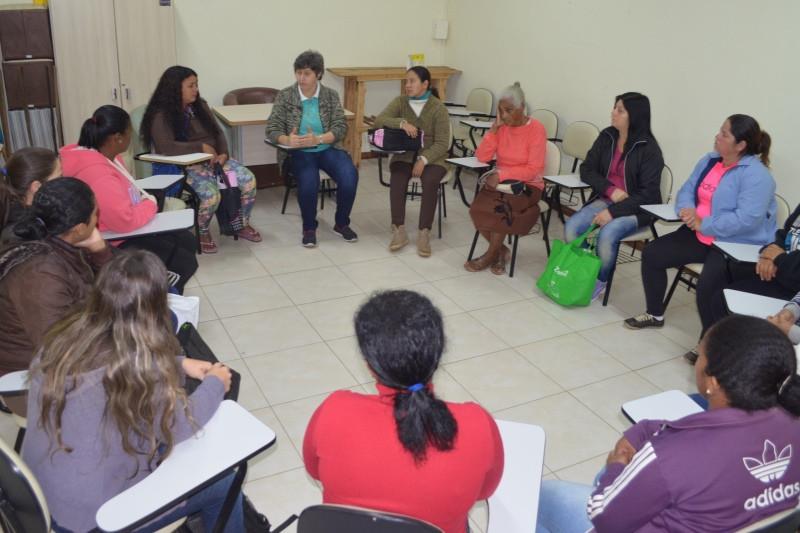 Encontro reuniu mulheres nesta quinta-feira, dia 13. Foto: divulgação