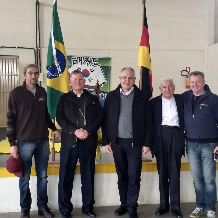 Visita de Dom Heinrich Timmerevers