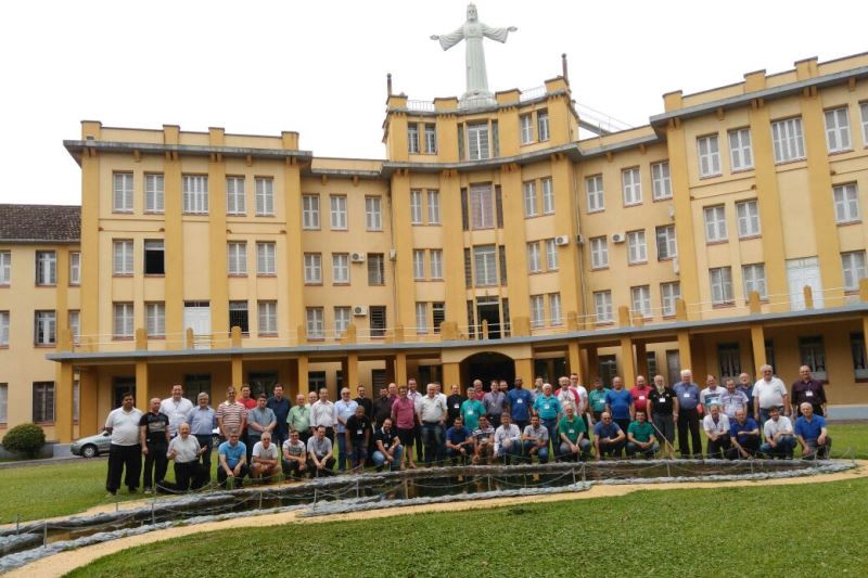 Encontro reuniu 63 padres em São Leopoldo. Foto: divulgação