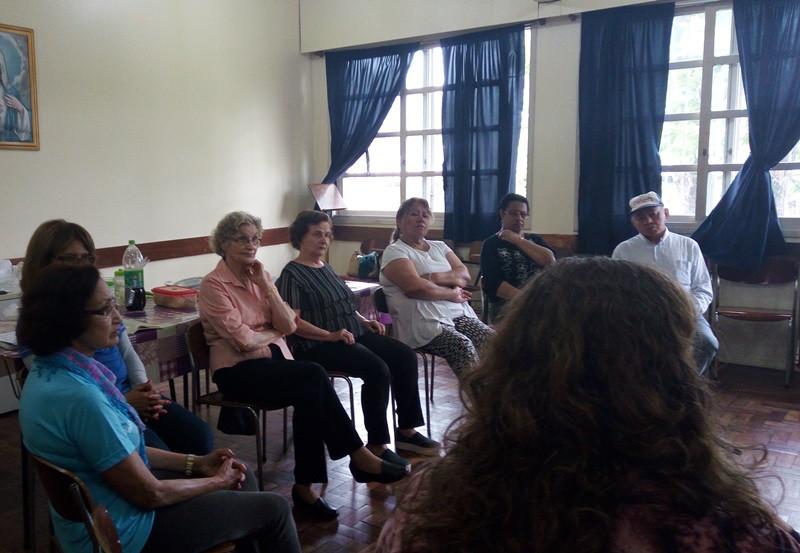 Fisioterapeuta teve encontro com idosos em Porto Alegre. Foto: divulgação Serviço Social