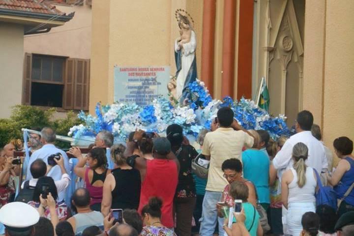 Abertura da festa ocorreu neste domingo, com missa e procissão. Foto: Facebook Santuário Navegantes