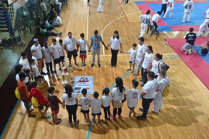 Equipe de taekwondo do Projari foi destaque na competição. Foto: divulgação Projari