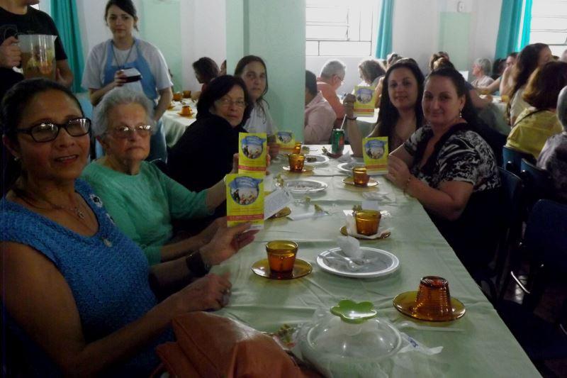 Chá das Vocações reuniu 200 pessoas no sábado. Foto: divulgação