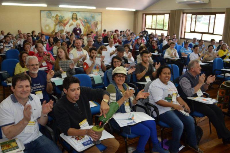 Cerca de 100 participantes estiveram em Caxias do Sul para o 1º Congresso Regional. Foto: Pe. Jaime Patias