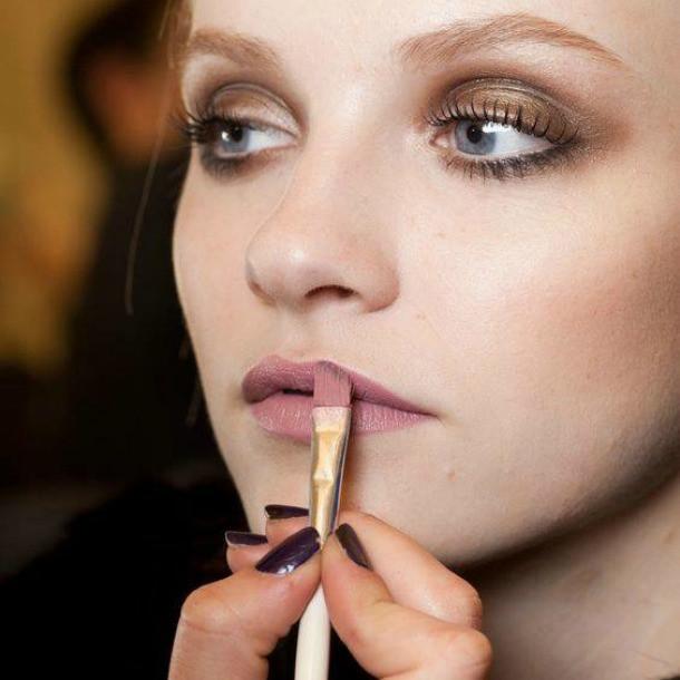 Lasting love: Πώς θα κάνετε το μακιγιάζ σας να κρατήσει περισσότερο;