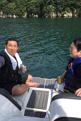 湖上で太田李.JPG