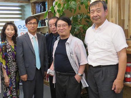 韓国訪問集合写真.jpg