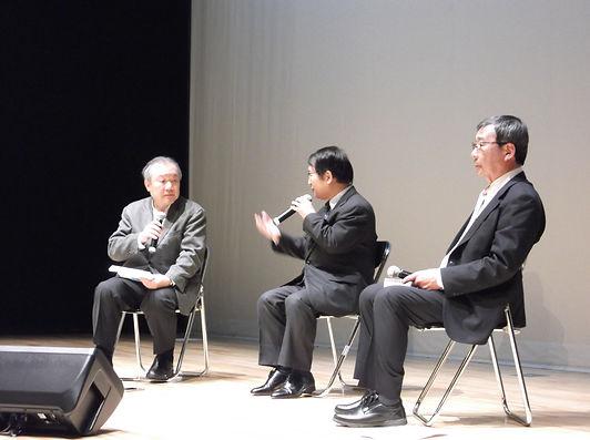 壇上池川太田宇野.JPG