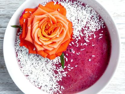 Autumn smoothie bowl