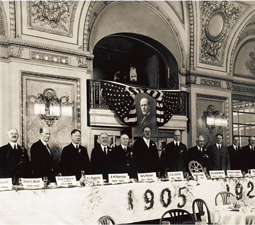 1925 image of Rotary dinner