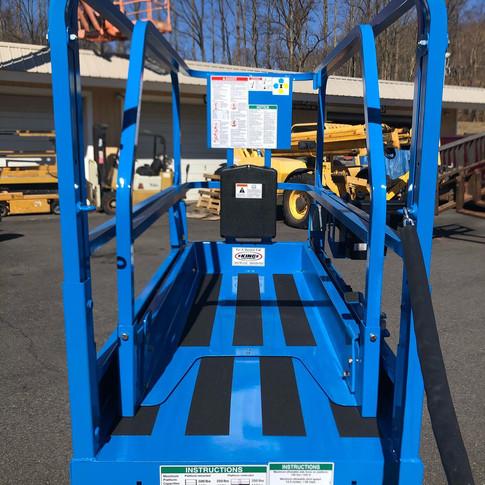 2004 Genie GS-1930V5.jpg