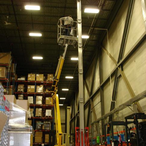 Sissor Lift Warehouse