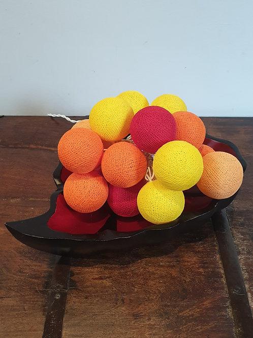 Boule en coton rouge-orange-jaune
