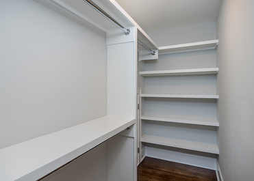 lima-closet.png