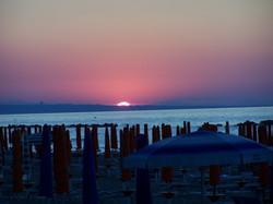 Tramonto Spiaggia.jpg