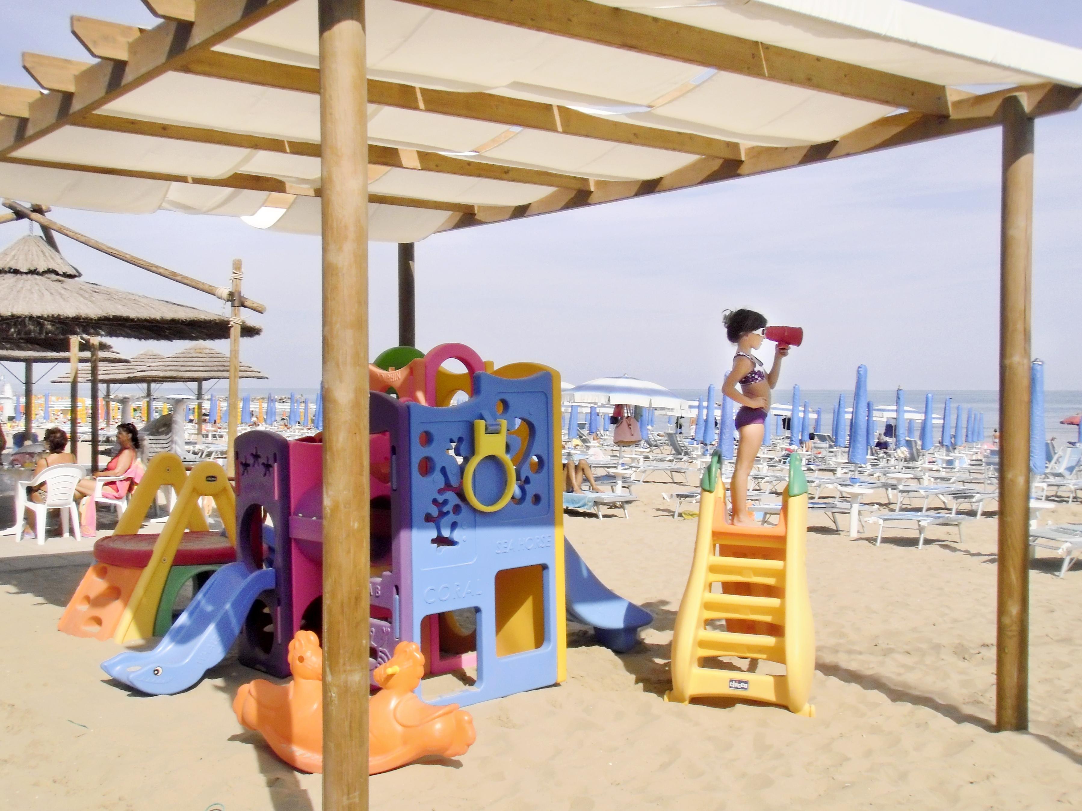 spiaggia bimba[1].JPG