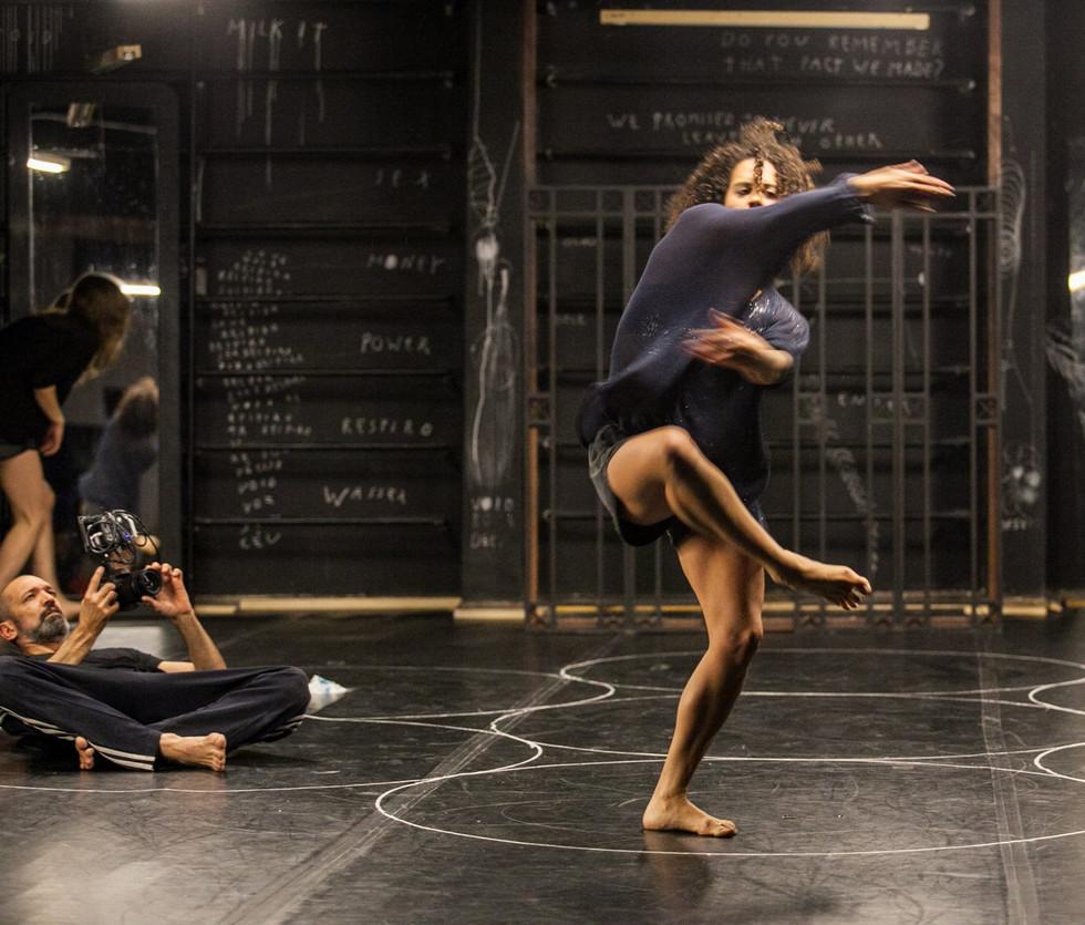 Take a Deep Breath | Jorge Garcia Companhia de Dança 