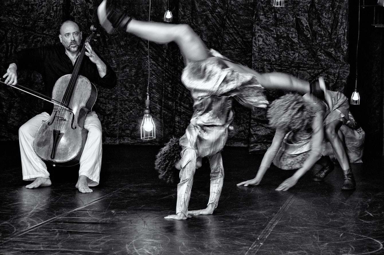 BACH | Jorge Garcia Companhia de Dança