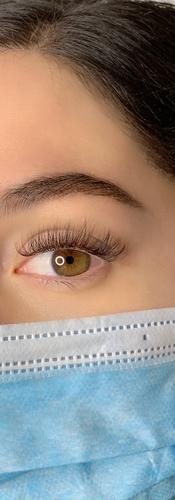 Light Volume Eyelash Extensionss