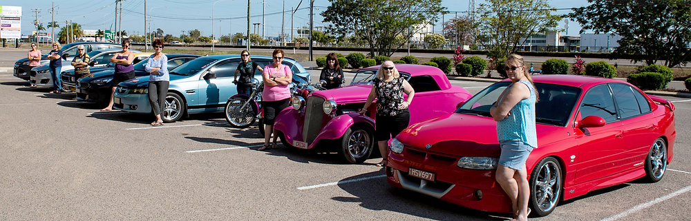 Car community, car gals, girls with cars