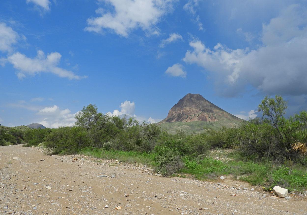 W-Corazones-Peak-3