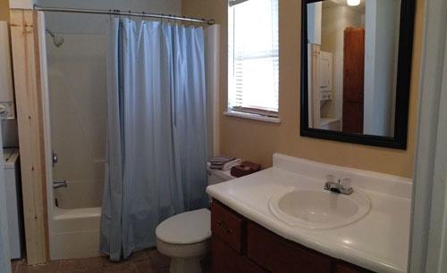 LLO-Bathroom.jpg
