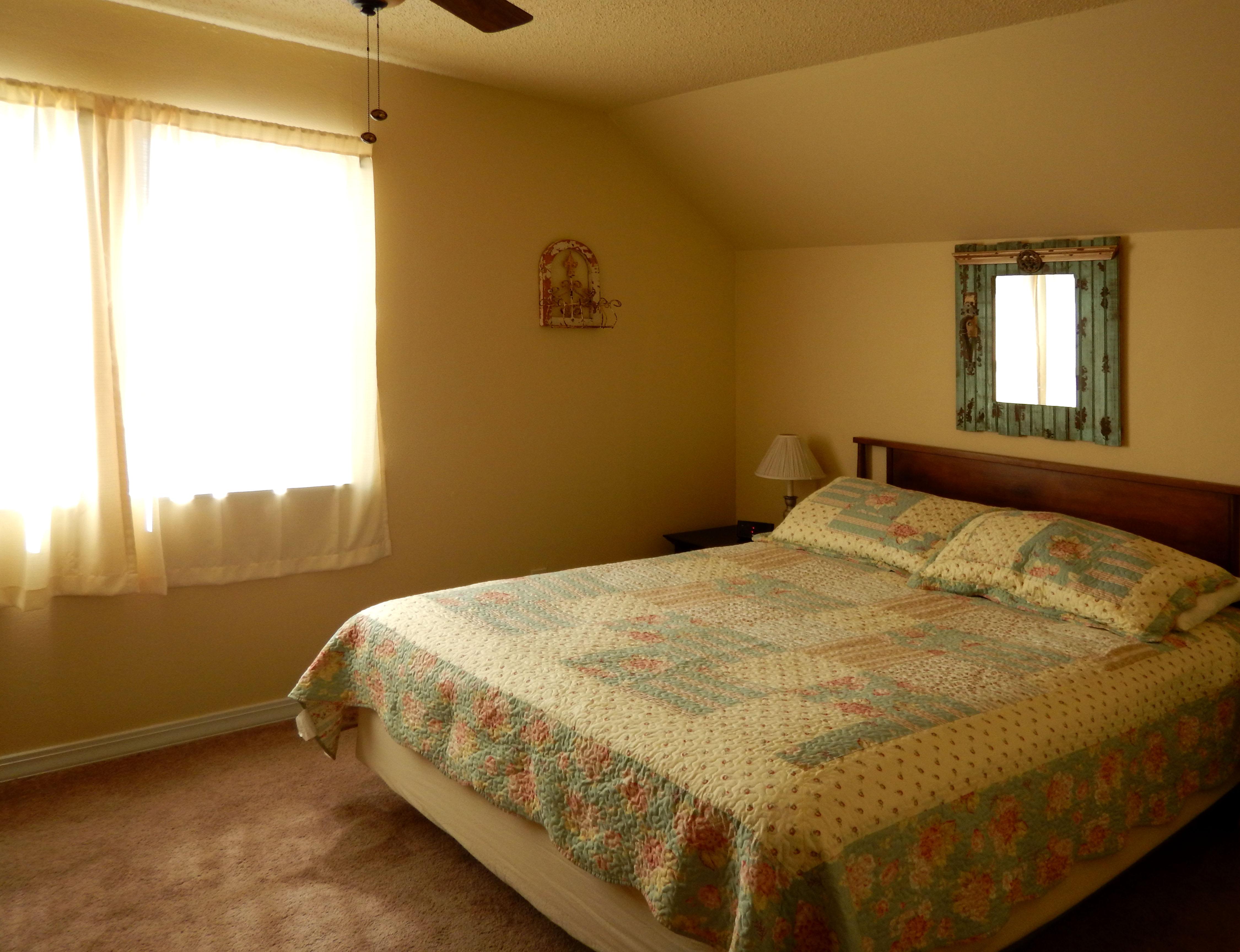 Bedroom West 09 04 15 006