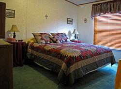 Rancho Queen Bed
