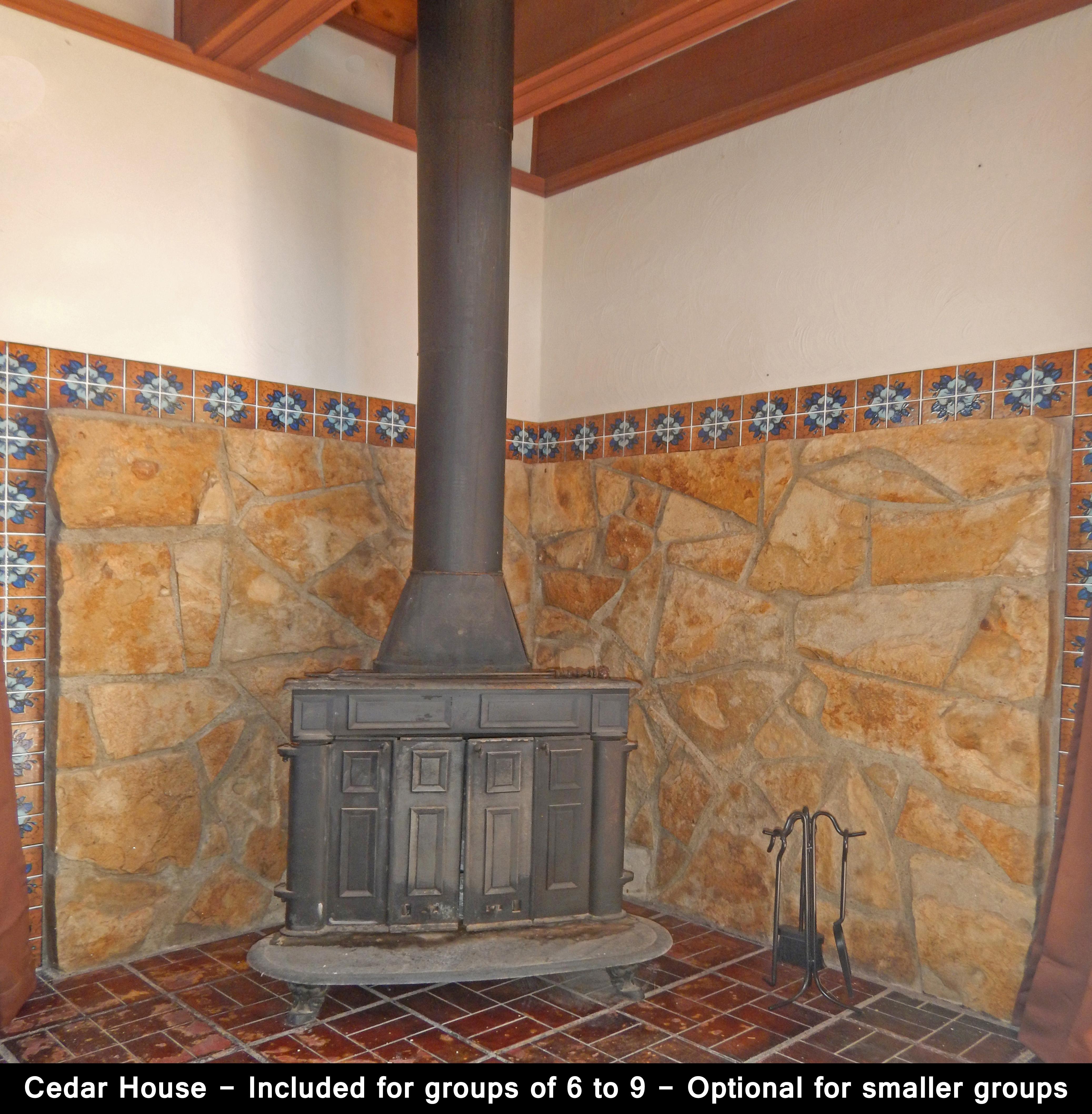 Cedar House - 2BR Stove 1
