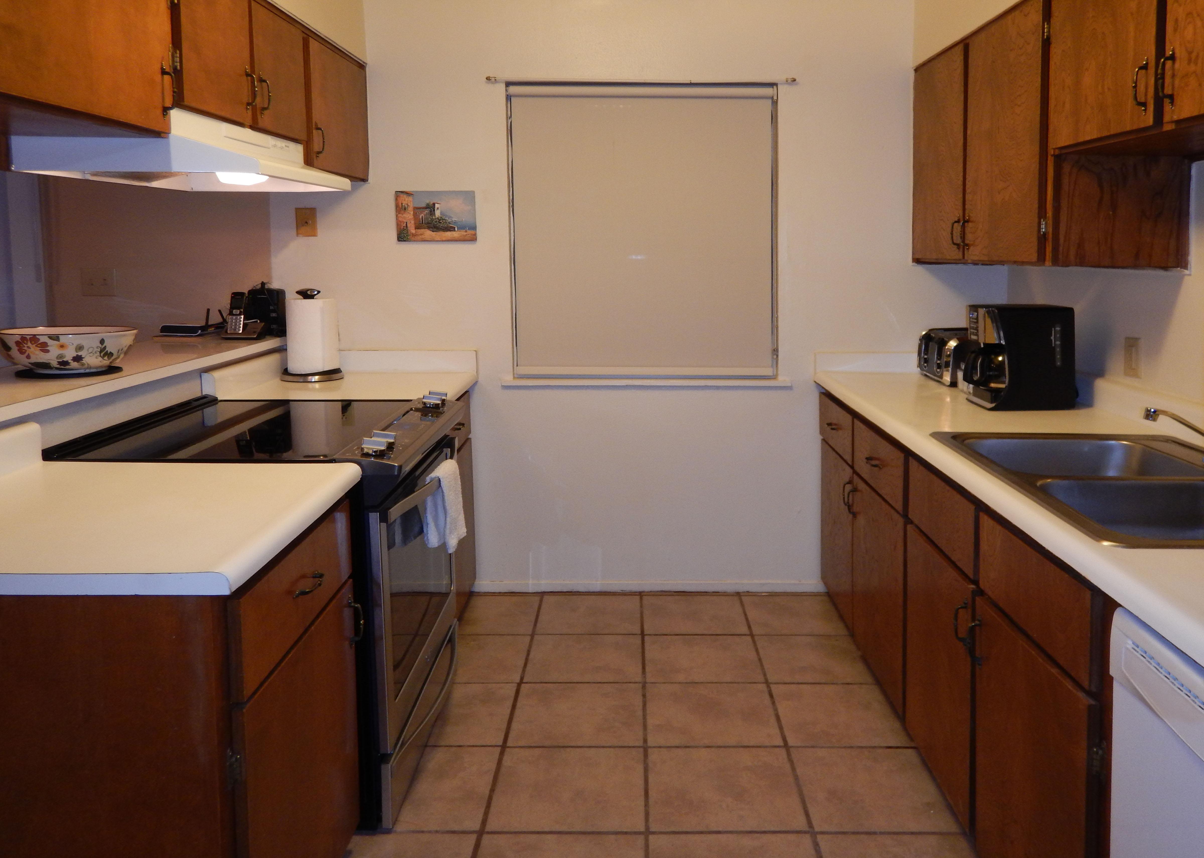 Kitchen DSCN0828