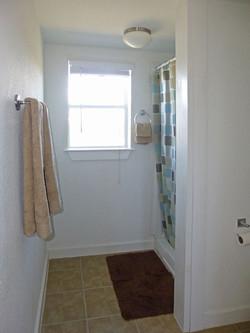RC-Bathroom-P1030422.jpg
