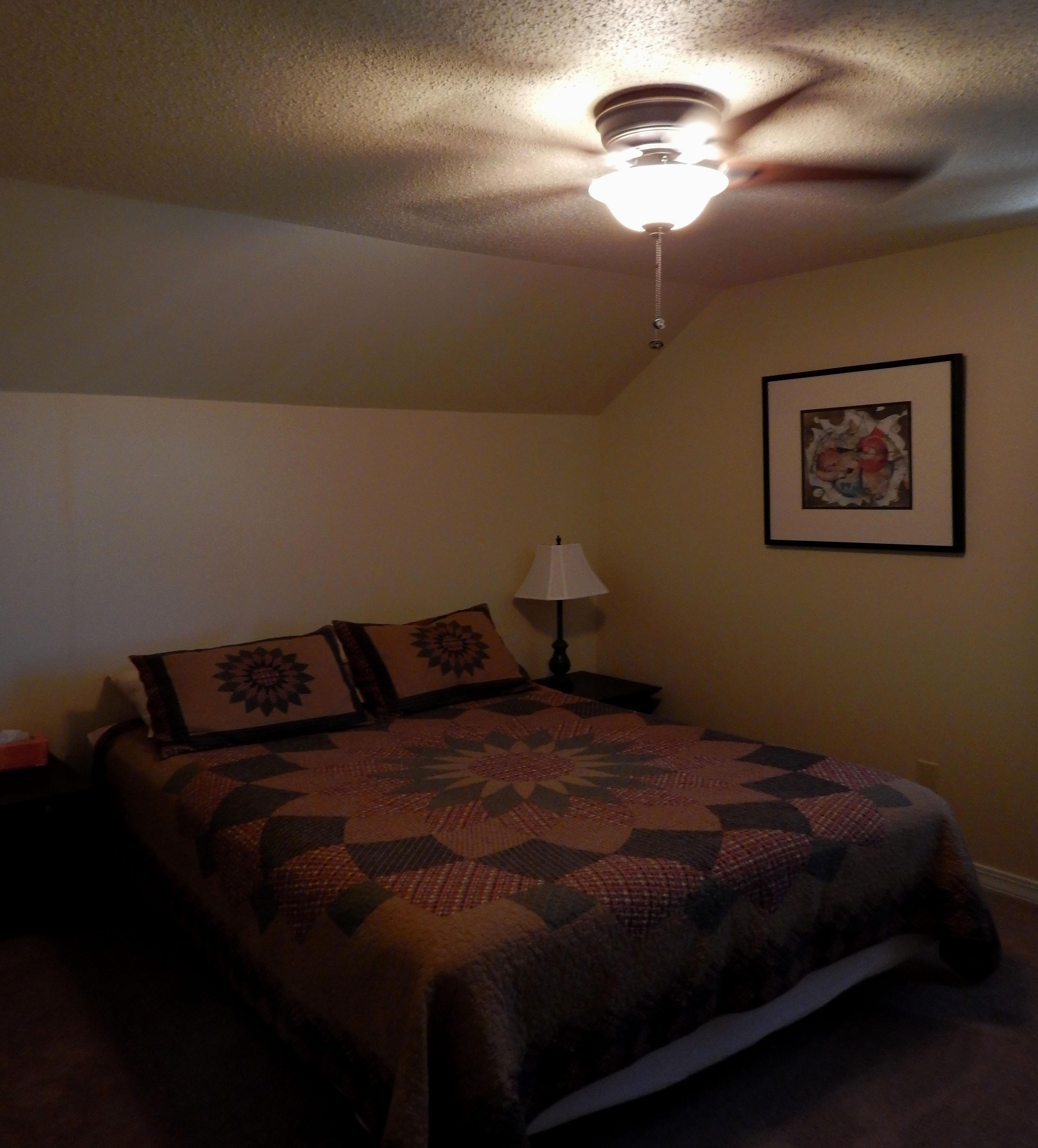 Bedroom East 09 04 15 003