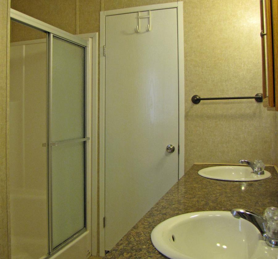 LHR-Bath-Shower.jpg