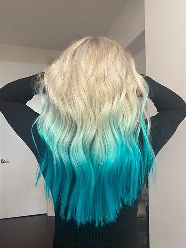 Blue and blonde ombre_The perfect Haimrony_NYC