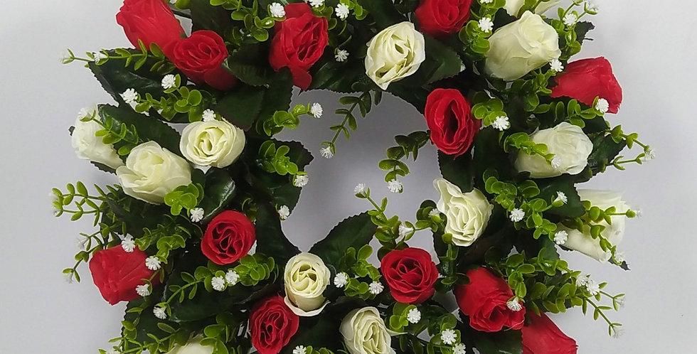 Κόκκινα λευκά τριαντάφυλλα - Στεφάνι