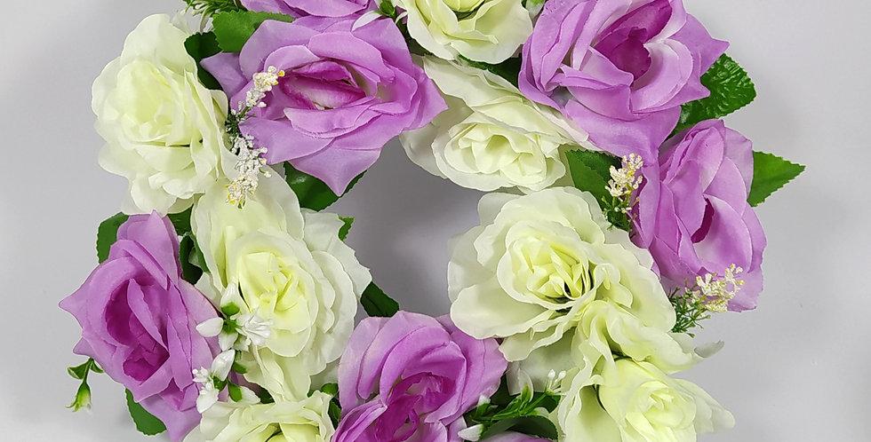 Τριαντάφυλλα άσπρα - μωβ μεγάλα - Στεφάνι