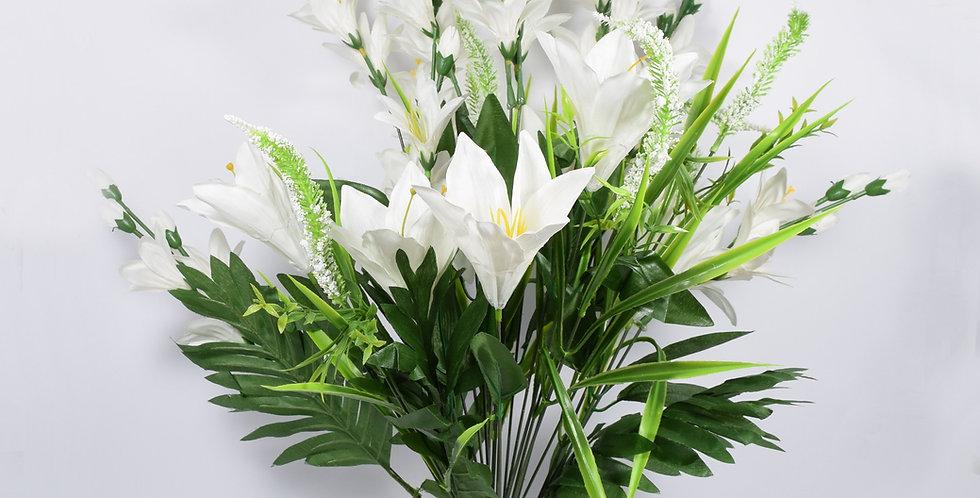 Μπουκέτο με τεχνητά άνθή, κρίνοισε λευκό χρώμα. Ψεύτικα λουλούδια.