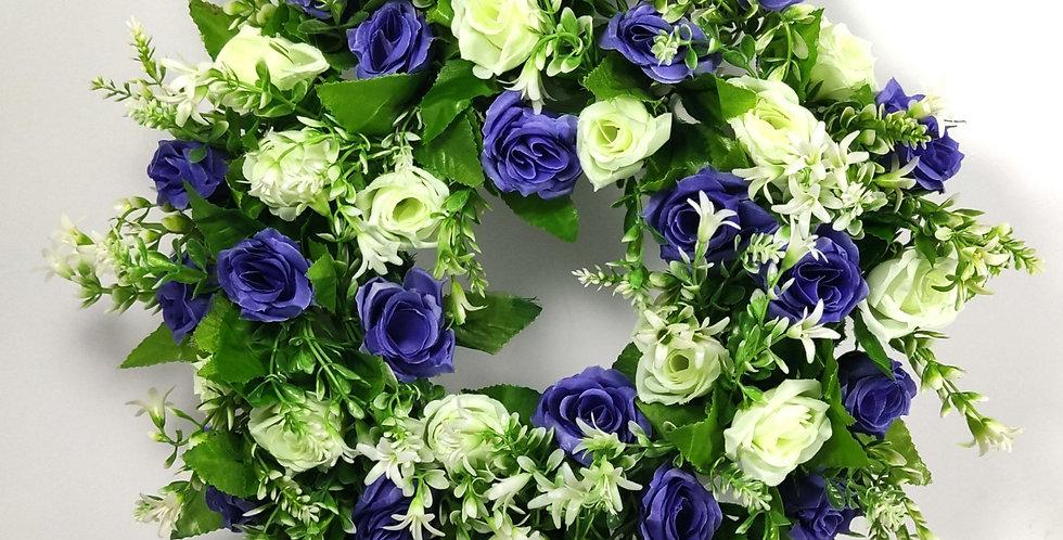 Μπλε και λευκά τριαντάφυλλα - Στεφάνι