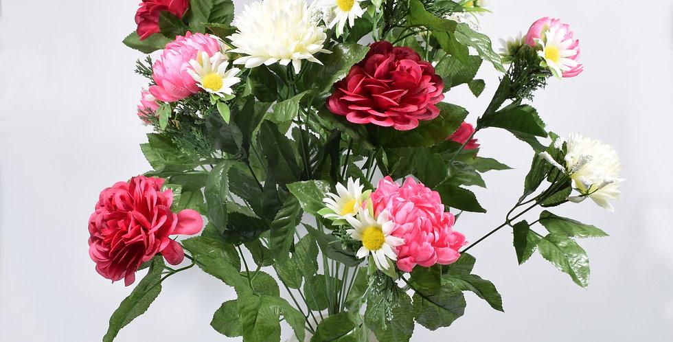 Μπουκέτο με τεχνητά λουλούδια χρυσάνθεμα και ζήνιες σε πλαστικό βάζο. Το μπουκέτο είναι στερεωμένο με τσιμέντο στο βάζο.