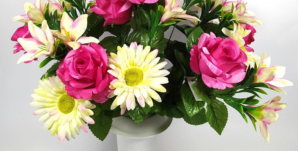 Τριαντάφυλλα φούξια - ζέρμπερες - κρινάκια - Μπουκέτο σε βάζο