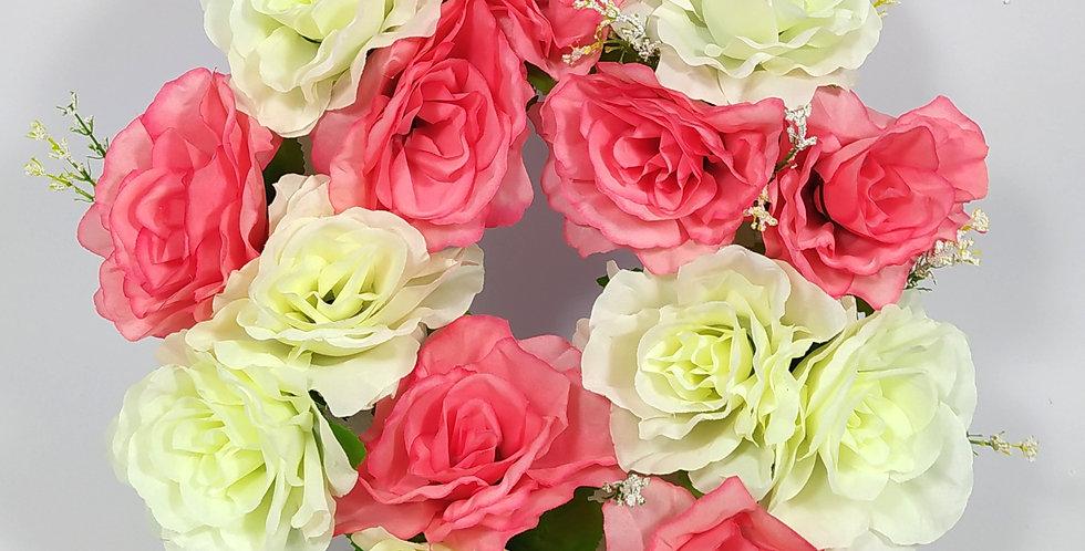 Τριαντάφυλλα άσπρα - ροζ μεγάλα - Στεφάνι
