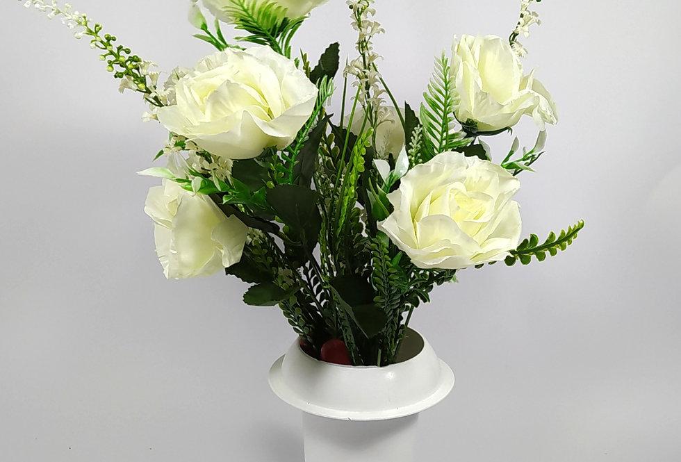 Τριαντάφυλλα άσπρα με άσπρα αγριολούλουδα - Μπουκέτο σε βάζο