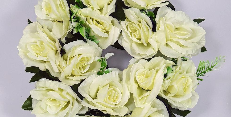 Τριαντάφυλλα άσπρα μεγάλα - Στεφάνι