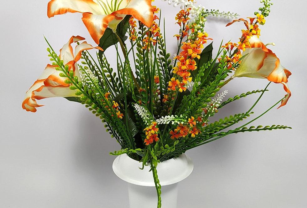 Τριαντάφυλλα άσπρα με πορτοκαλί αγριολούλουδα - Μπουκέτο σε βάζο
