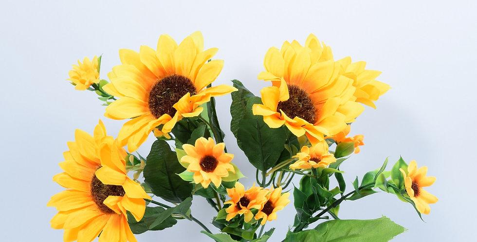 Μπουκέτο με τεχνητά άνθή, ηλίανθοι.Ψεύτικα λουλούδια.